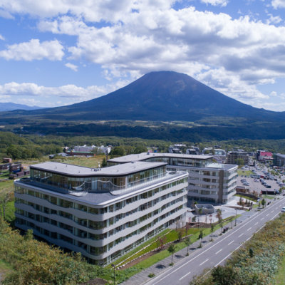 Skye Niseko Exterior Summer Day Low Res 12