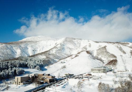 Drone Skye Winter Blue Skies Low Res 01 11 18 1