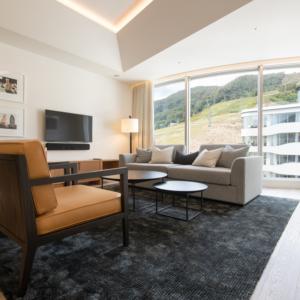 Skye Niseko 1 Bedroom Interior Living Room Apt 669 Low Res 2