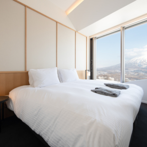 Skye Niseko Interior 3 Bedroom 660 661 Bedroom Low Res 3