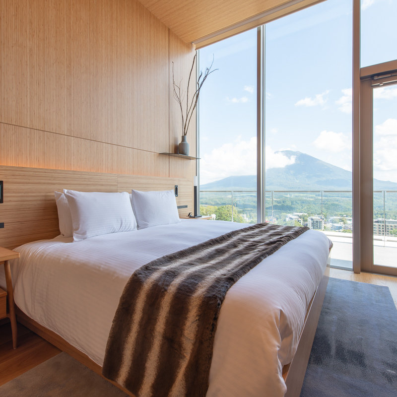 Skye Niseko Yotei West Penthouse Interior Bedroom Low Res 1